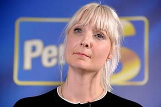 Laura Huhtasaari on opiskellut lukiossa muun muassa ruotsia ja venäjää.