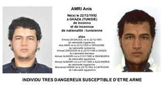 Tunisialaista Anis Amria epäillään terrori-iskusta joulutorille. Amrin epäillään ajaneen rekka väkijoukkoon Berliinin keskustassa. Iskussa kuoli 12 ja loukkaantui kymmeniä.