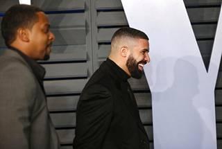 Drake on yksi maailman suosituimmista artisteista tällä hetkellä. Kanadalaisräppärin tammikuussa julkaisema God's Plan -kappale on tällä hetkellä maailman suosituin kappale.