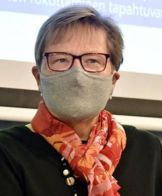 STM:n osastopäällikkö Tuija Kumpulainen .