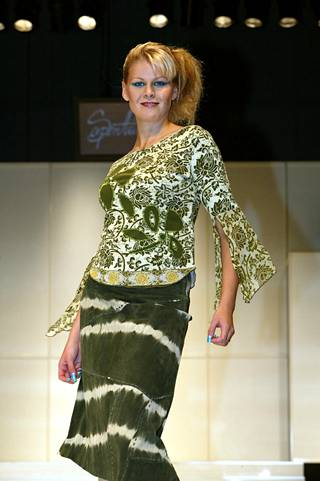 Muotimessut vuonna 2003, Serpentiinin näytös.
