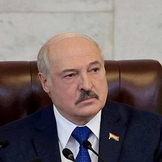 Aljaksandr Lukashenka haluaa pitää maansa urheilijat tiukasti ruodussa.