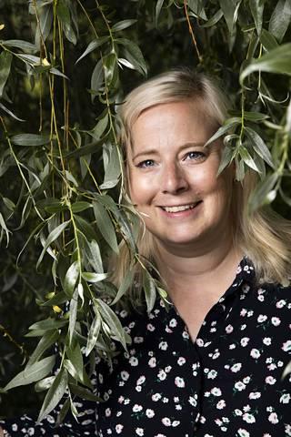 Heidi Anttila on ammatiltaan tanssinopettaja. Hän opiskelee myös kasvatustieteitä.