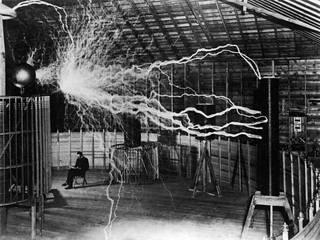 Sähkönero Nikola Tesla oli Itävalta-Unkarin kansalainen.