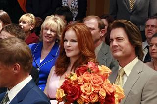 Täydelliset naiset -sarjassa MacLachlan näytteli hammaslääkäri Orson Hodgea, Breen (Marcia Cross) aviomiestä.