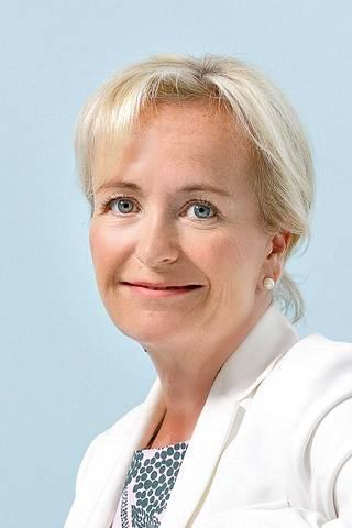 Johtava ylilääkäri Johanna Mattson HUS syöpäkeskuksesta.