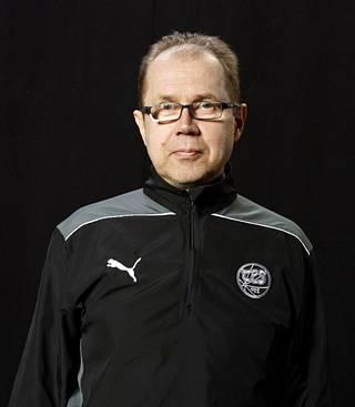 Olli J. Heinonen on SUEK ry:n virkaa tekevä lääketieteellinen johtaja. Hän toimi vuosikymmenen alussa mm. FC TPS:n lääkärinä.