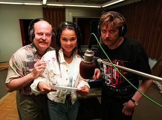 Jarmo Koski, Outi Alanen ja Heikki Määttänen studiosessioissa vuonna 1997.