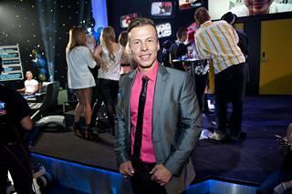 Antti Kurhinen tuli suurelle yleisölle tutuksi Big Brother tosi-tv-ohjelmasta.