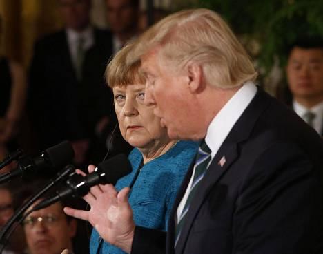 Saksan liittokansleri Angela Merkel ja Yhdysvaltain presidentti Donald Trump arkistokuvassa.