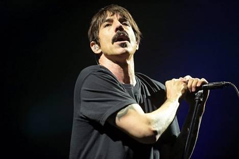 Anthony Kiedis vei show'n.