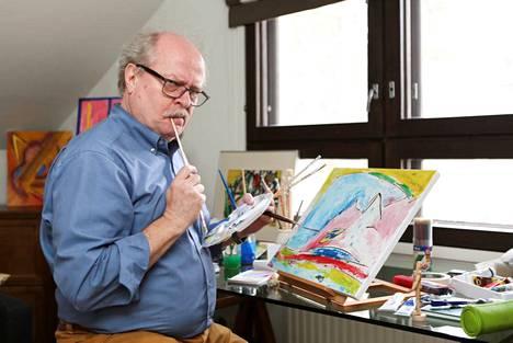 Jarmo Koski jätti Salkkarit viime syksynä. Nykyään hän on taidemaalari.