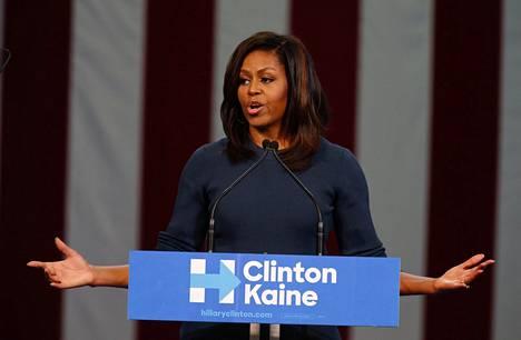 Michelle Obama on ladannut täyslaidallisen Trumpin härskeistä puheista.