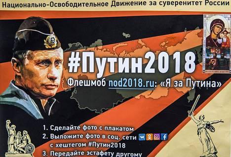 Venäjän propaganda hyödyntää taitavasti vanhoja neuvostoperinteitä ja uutta tekniikkaa disinformaatiota levittäessään. Kuvassa on Vladimir Putinia tukeva lentolehtinen.