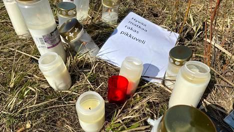 Onnettomuudessa menehtyneet ja loukkaantuneet ovat kotoisin Länsi- ja Sisä-Suomesta usean eri kunnan alueelta.