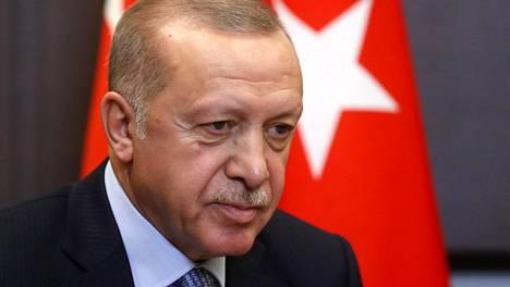 Turkin lähettämä oikeusapupyyntö koskee Turkissa nostettua oikeusjuttua, jossa asianomistajana on Turkin presidentti Recep Tayyip Erdogan ja vastaajana Tampereella vuosikymmeniä asunut henkilö.