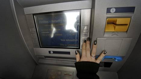 Tilisiirrot Pankkien Välillä