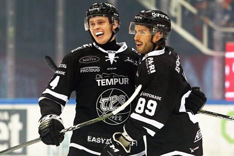 Kaapo Kakko ja Oula Palve ovat saaneet juhlia maaleja tällä kaudella.