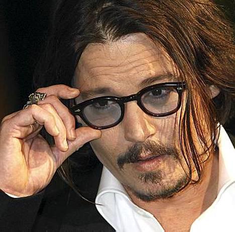 Johnny Depp on ihana, mutta ei osaa tanssia!