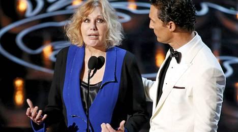 Kim Novak ja Matthew McConaughey juonsivat Oscar-gaalan maaliskuun alussa.