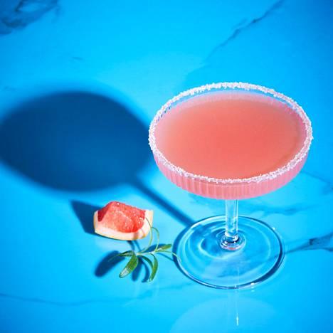 Esimerkiksi veriappelsiinimehu sopii hyvin alkoholittomiin drinkkeihin.