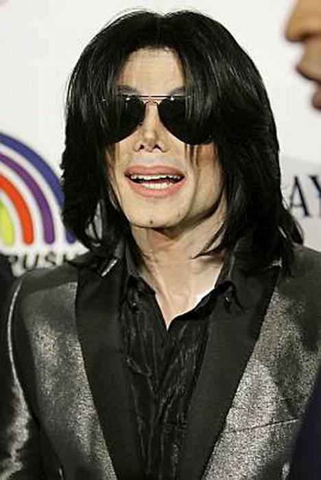 Michael Jacksonin alamäki jatkuu.