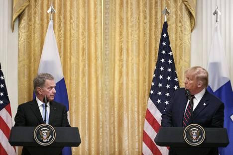 Presidentit Niinistö ja Trump pitivät yhteisen lehdistötilaisuuden Valkoisessa talossa keskiviikkona.