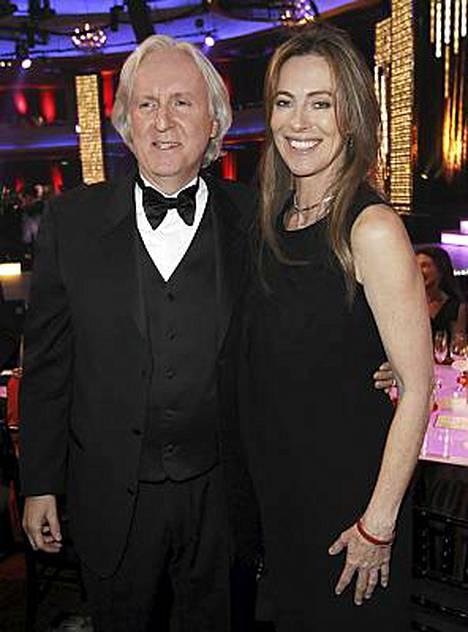 James Cameron uskoo ex-vaimonsa Kathryn Bigelown vievän Oscarit.