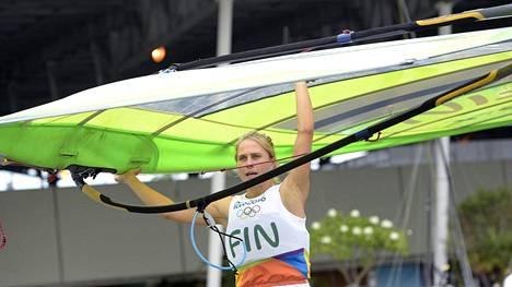 Tuuli Petäjä-Sirén jäi olympiapurjehduksessa kymmenenneksi