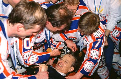 Rauno Korpi oli valmentajauransa huipulla 1980-luvulla, jolloin Tappara jyräsi usein mestariksi.
