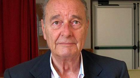 81-vuotiaalle Chiracille tehtiin onnistunut munuaisleikkaus joulukuussa.