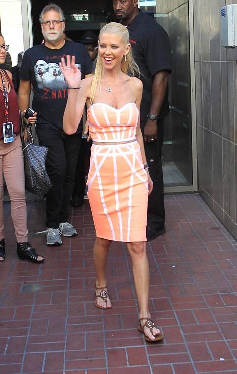 American Pie -elokuvistakin tuttu Tara Reid oli tapahtumassa esittelemässä uusinta Haihurrikaania.