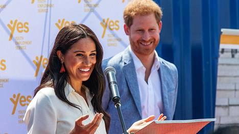Sussexin herttuapari muutti Los Angelesiin, jossa Meghan loi uraa näyttelijänä ennen hänen ja Harryn avioitumista.