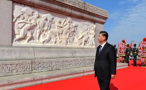 Kiinan johtaja Xi Jinping joutui koronakriisin vuoksi kovan arvostelun kohteeksi helmikuussa. Internetin sensuuria kiristettiin pian sen jälkeen.