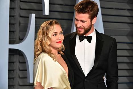 Pariskunta tapasi toisensa yhteisen elokuvan kuvauksissa vuonna 2009. He kihlautuivat vuonna 2012, mutta suhde päättyi tuolloin eroon. Naimisiin he menivät viime joulukuussa.