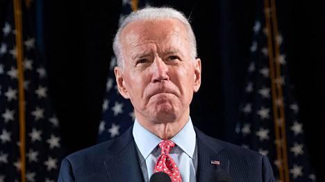 Joe Biden on kiistänyt koskaan ahdistelleensa Tara Readea.