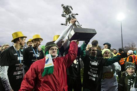 IFK Mariehamn voitti ensimmäisen mestaruutensa – samalla se oli koko Ahvenanmaan mestaruus.