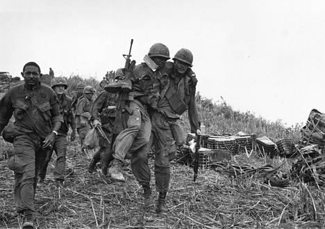 Yhdysvaltalaisia joukkoja Vietnamissa vuonna 1968.