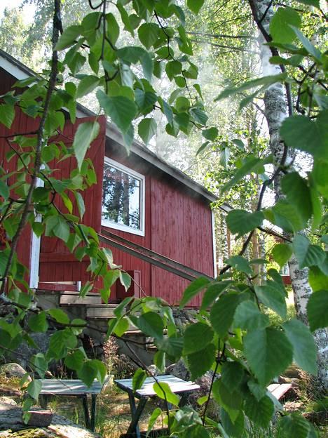 Kesämökin perintöriidat voitaisiin välttää, jos vanhemmat määräisivät testamentissaan kesämökin kohtalosta.