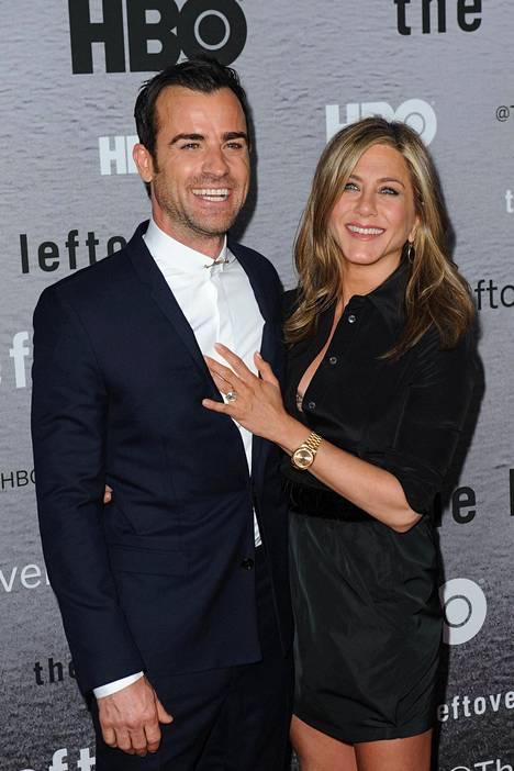 Toinen Anistonin avioliitosta oli näyttelijä Justin Theroux'n kanssa. Ikävä kyllä historia toisti itseään ja Aniston päätyi jälleen eroon.