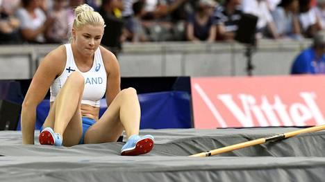 Wilma Murrolta jäi 4.35 ylittämättä seiväshypyn finaalissa.