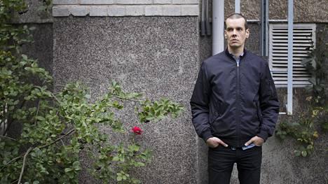 Ossi Nyman aloittaa osin esikoisromaaniinsa pohjautuvan elokuvan käsikirjoittamisen yhdessä Ville Jankerin kanssa marraskuussa.
