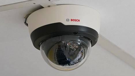 Turvakameran viestintätapa voi kertoa, onko asunnoissa tai muussa tilassa ihmisiä läsnä. Kuva ei liity tapaukseen.