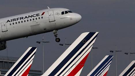 Onnettomuuteen joutunut kone on malliltaan Airbus A321. Kuvassa Air France -lentoyhtiön vastaavanlainen kone.