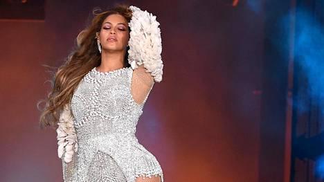 Beyoncé lukeutuu maailman kuuluisimpiin poptähtiin.