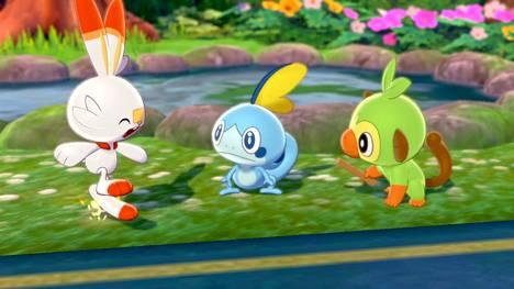 Jokaisessa Pokémon -pelissä ensimmäiseksi otukseksi valitaan tuli-, vesi- tai lehti-Pokémon. Tällä kertaa ne ovat Scorbunny-tulijänis, Sobble-vesilisko ja Grookey-simpanssi.