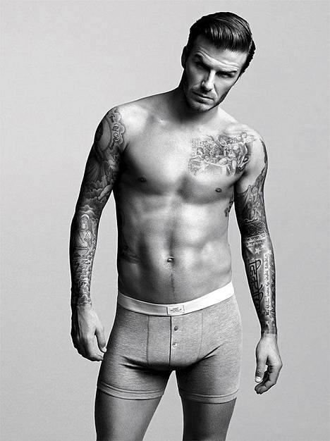 David Beckham H&M:n mainoksessa