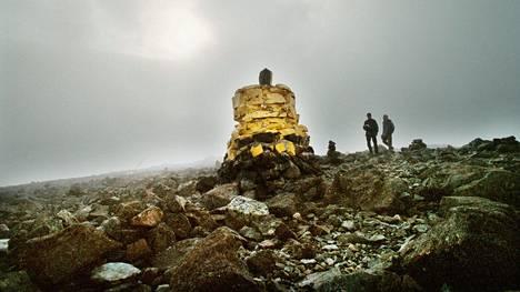 Rajapyykki Halti-tunturin huipulla.