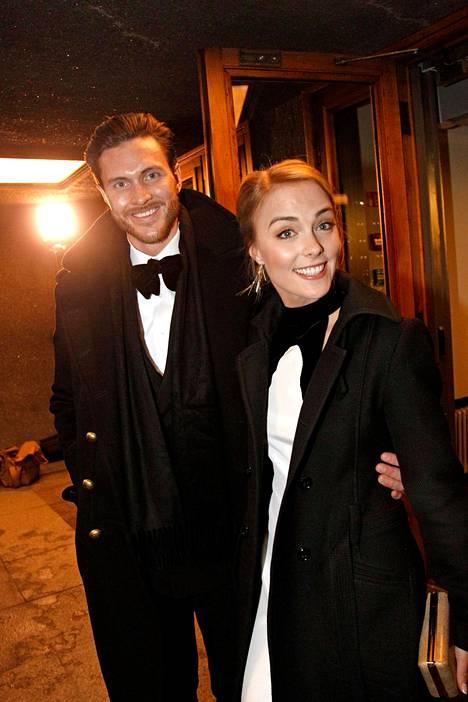 Arthur Borges ja Kiira Korpi osallistuivat yhdessä Linnan juhliin 2015.