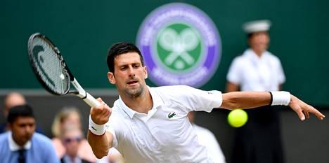 Bautista Agut haastaa perjantain välierässä hallitsevan mestarin Novak Djokovicin.
